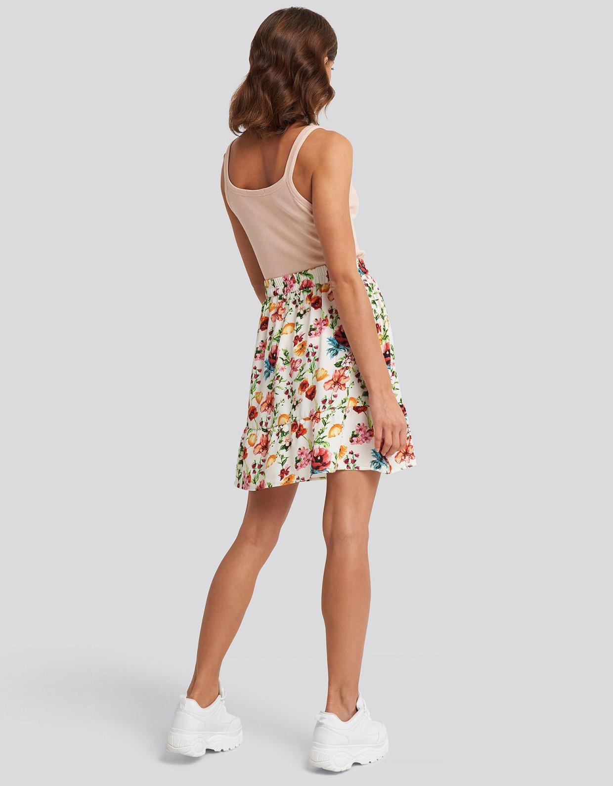 NA-KD Floral flowy mini skirt