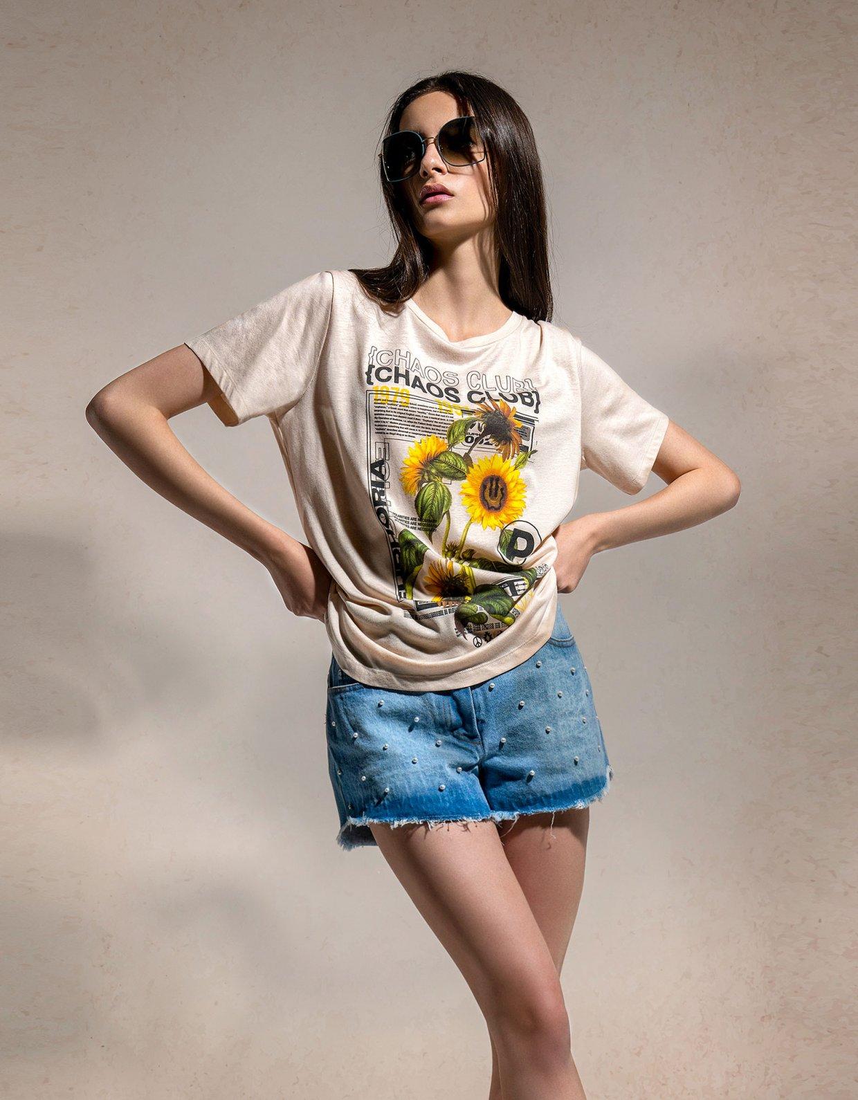 Peace & Chaos Chaos club t-shirt