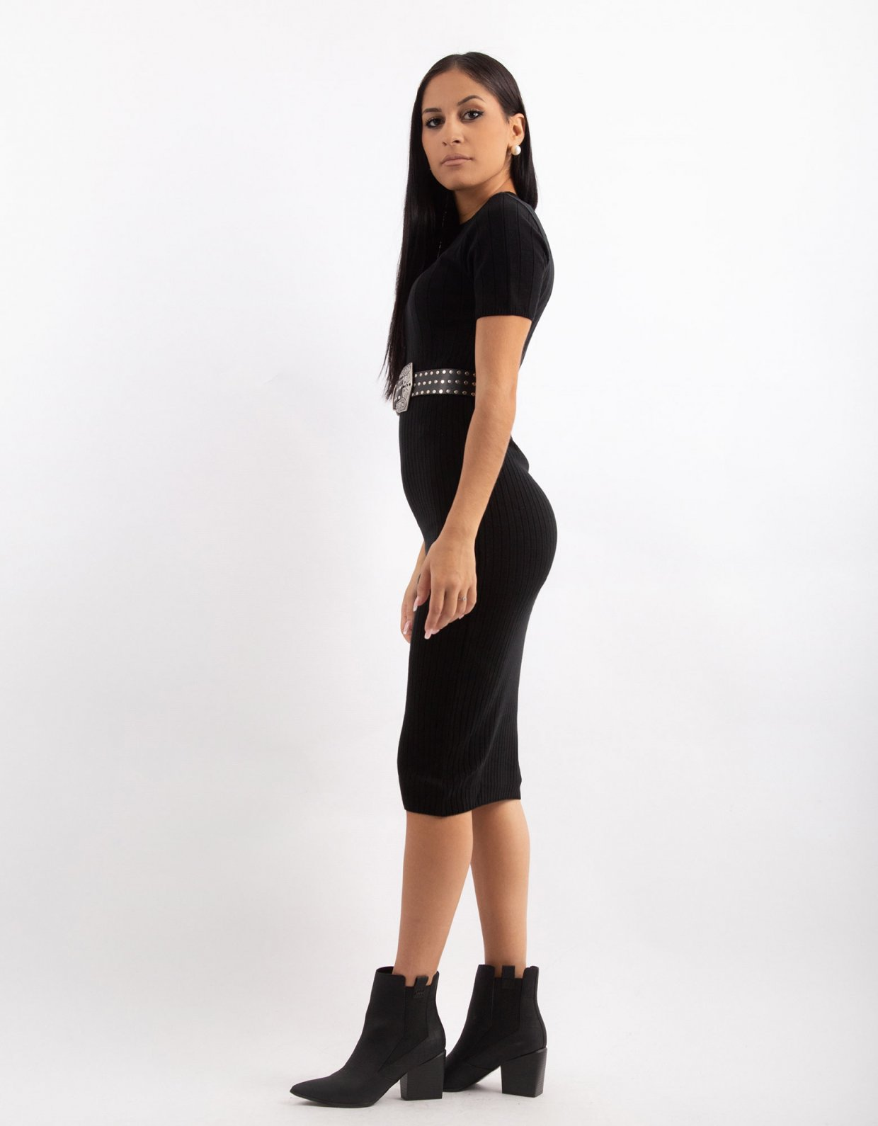 Combos Knitwear Combos W18 – Black round-neck midi dress