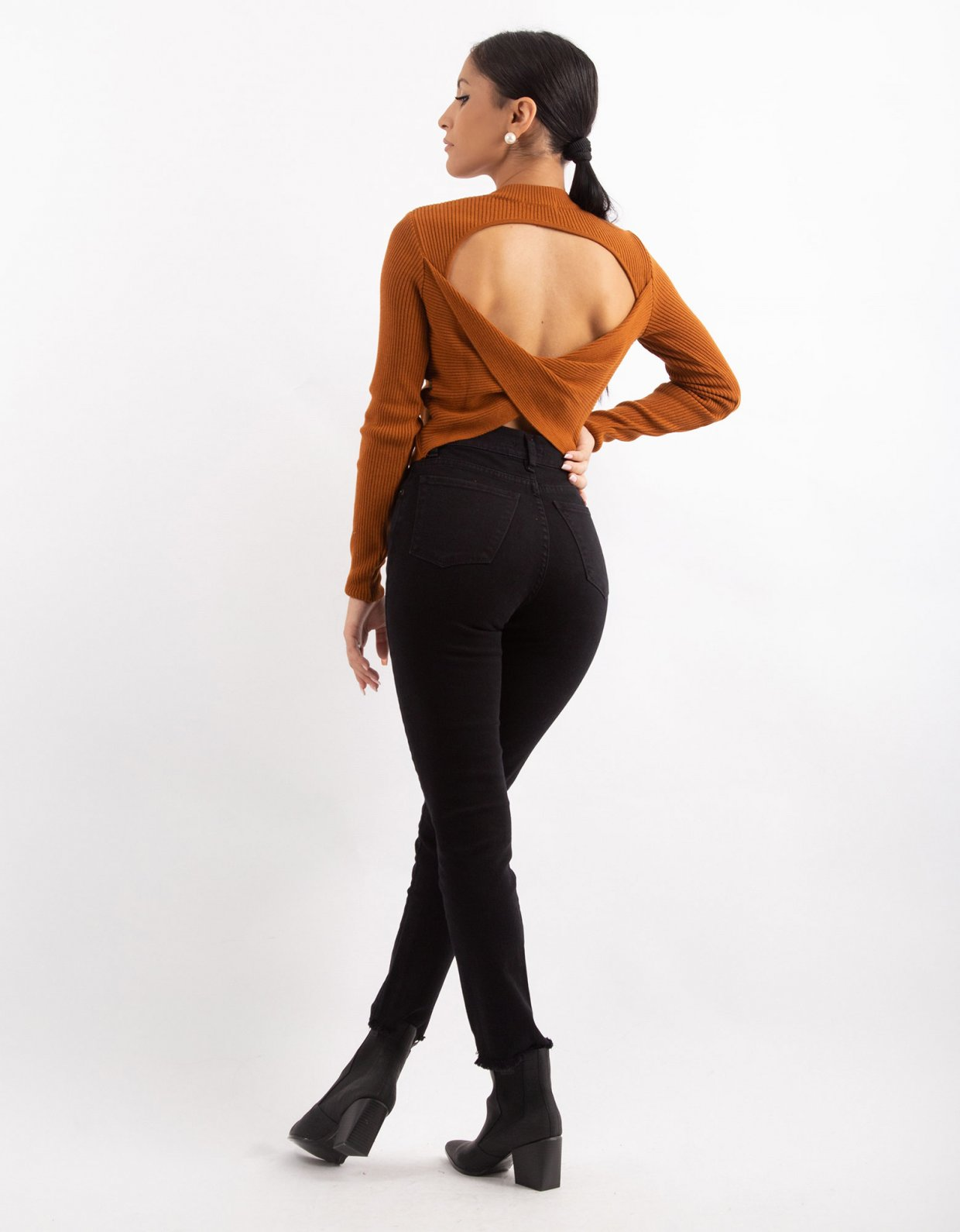 Combos Knitwear Combos W17 – Cinnamon crossover back top