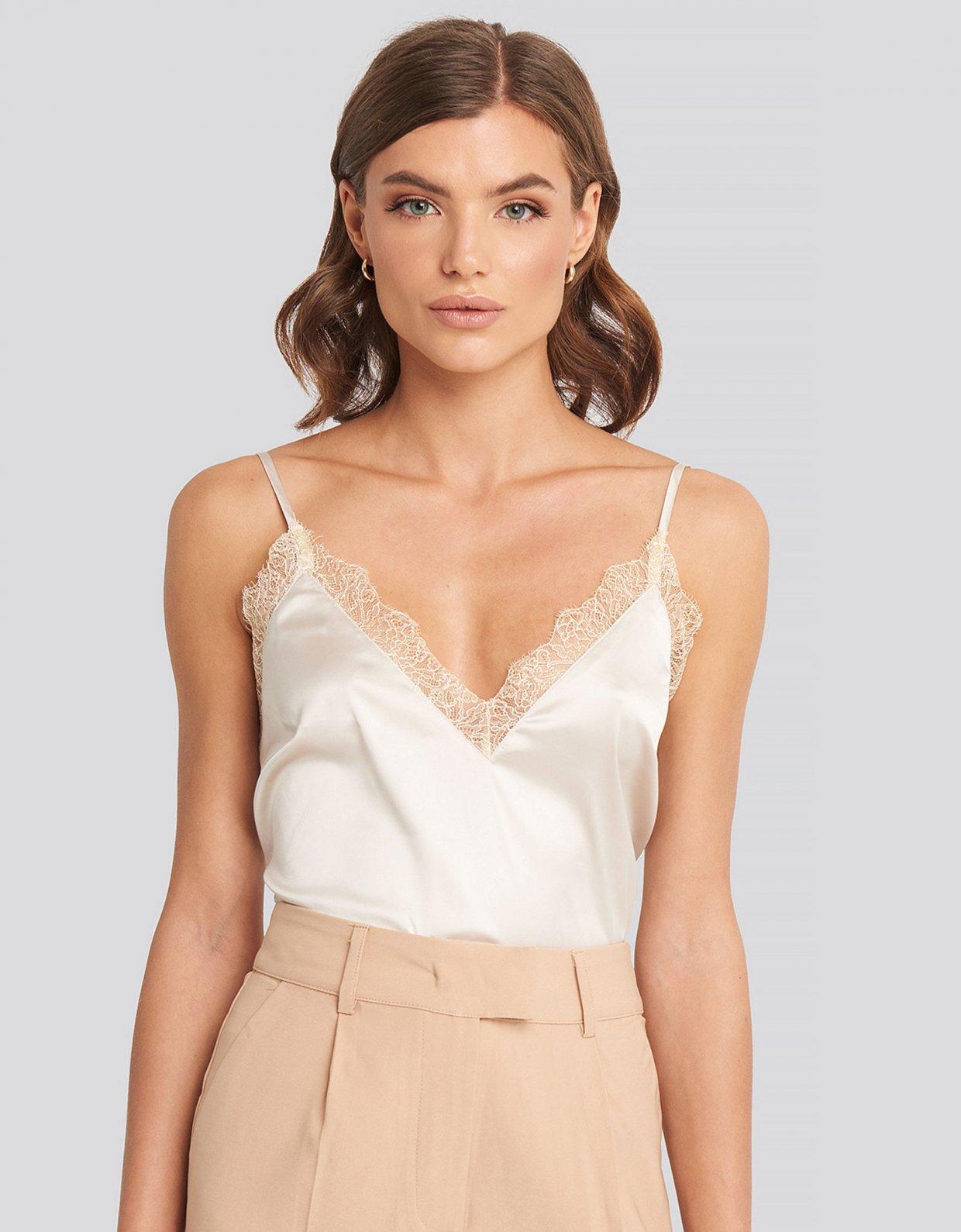 NA-KD Off White lace singlet