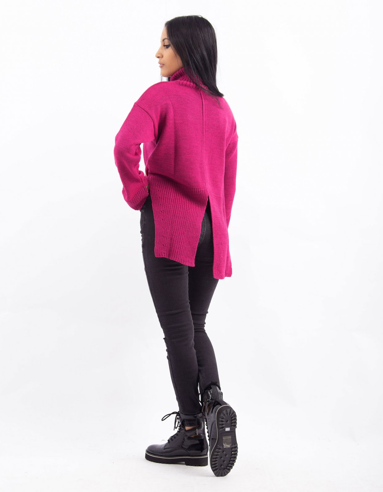 Combos Knitwear Combos W32 – Fuchsia turtleneck top