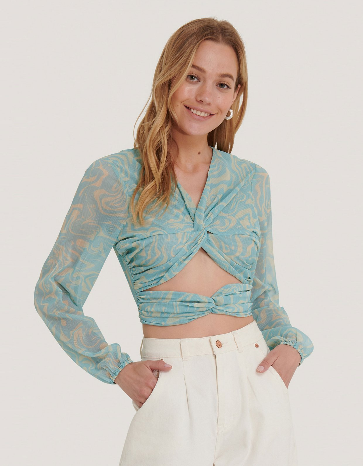 NA-KD Knot detailed crepe top