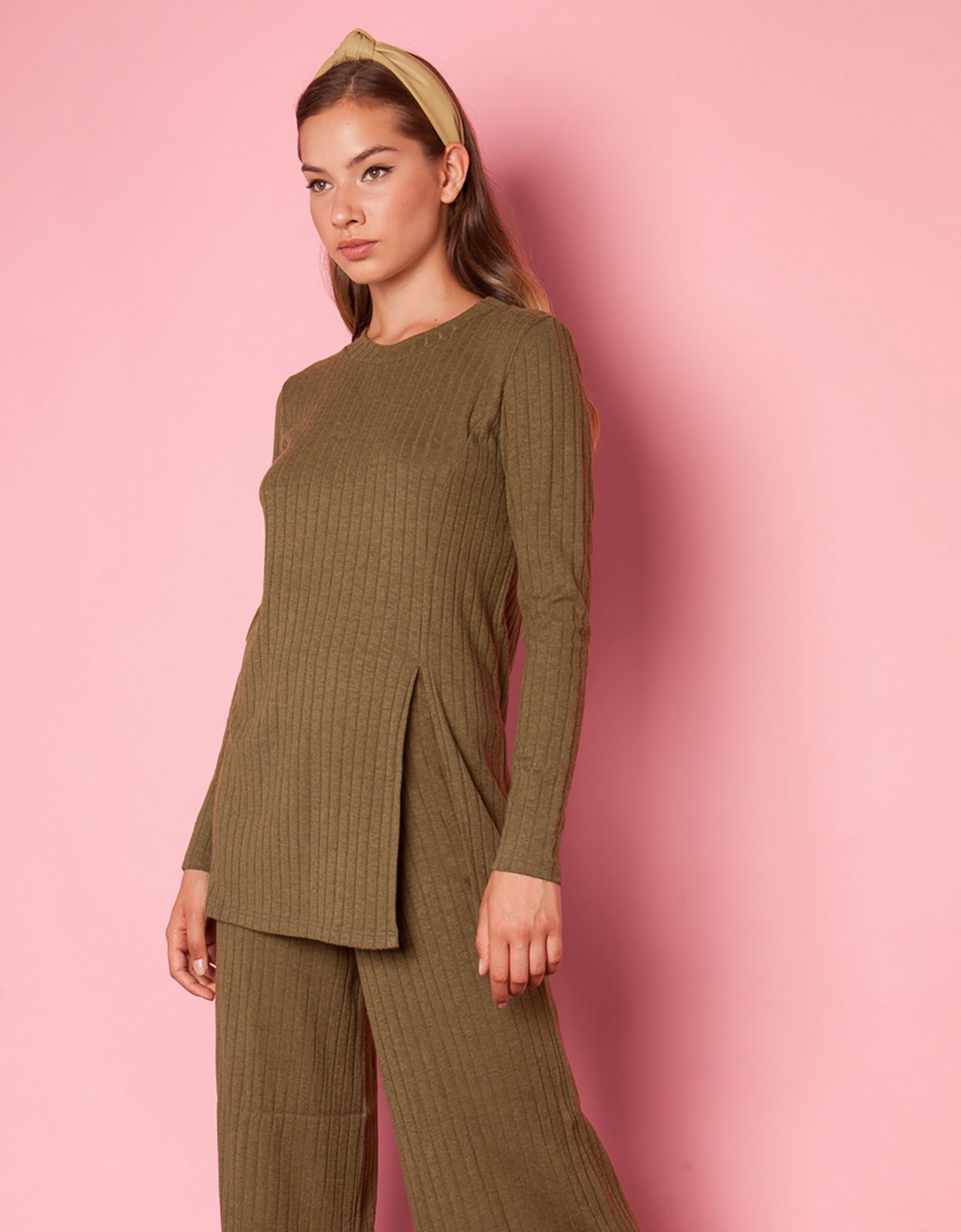 Mallory the label Can you rib olive top