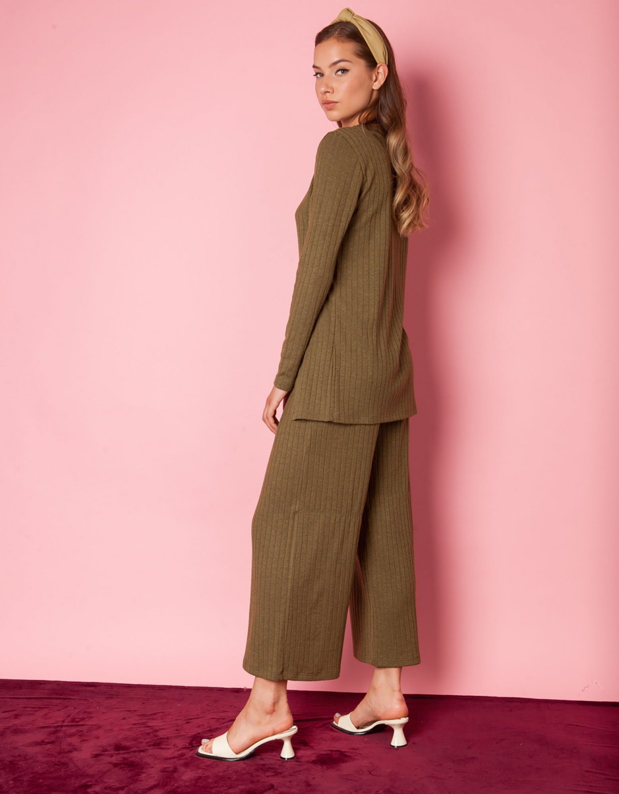 Mallory the label Peat olive pants