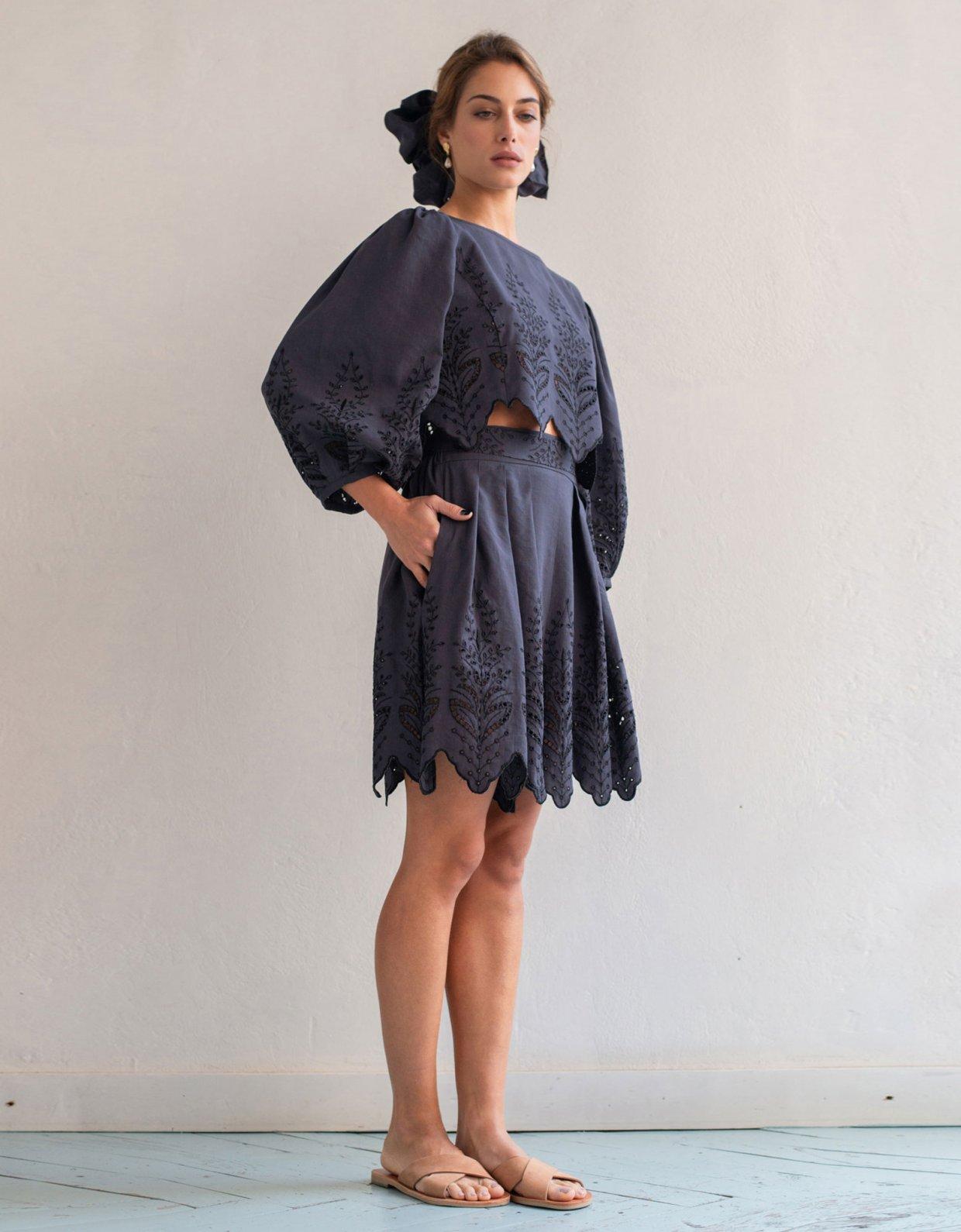 Madame Shoushou Bresle shorts