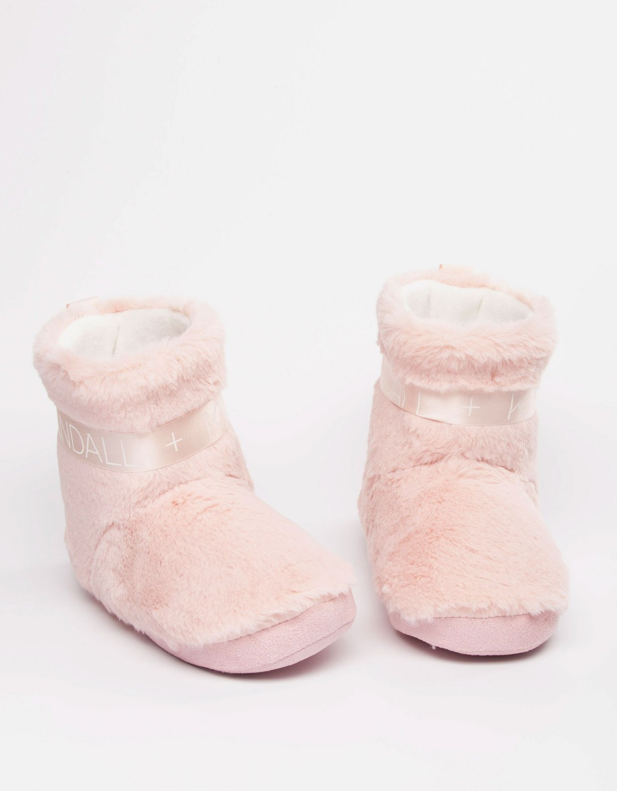 Kendall + Kylie Shannon slippers dusty pink