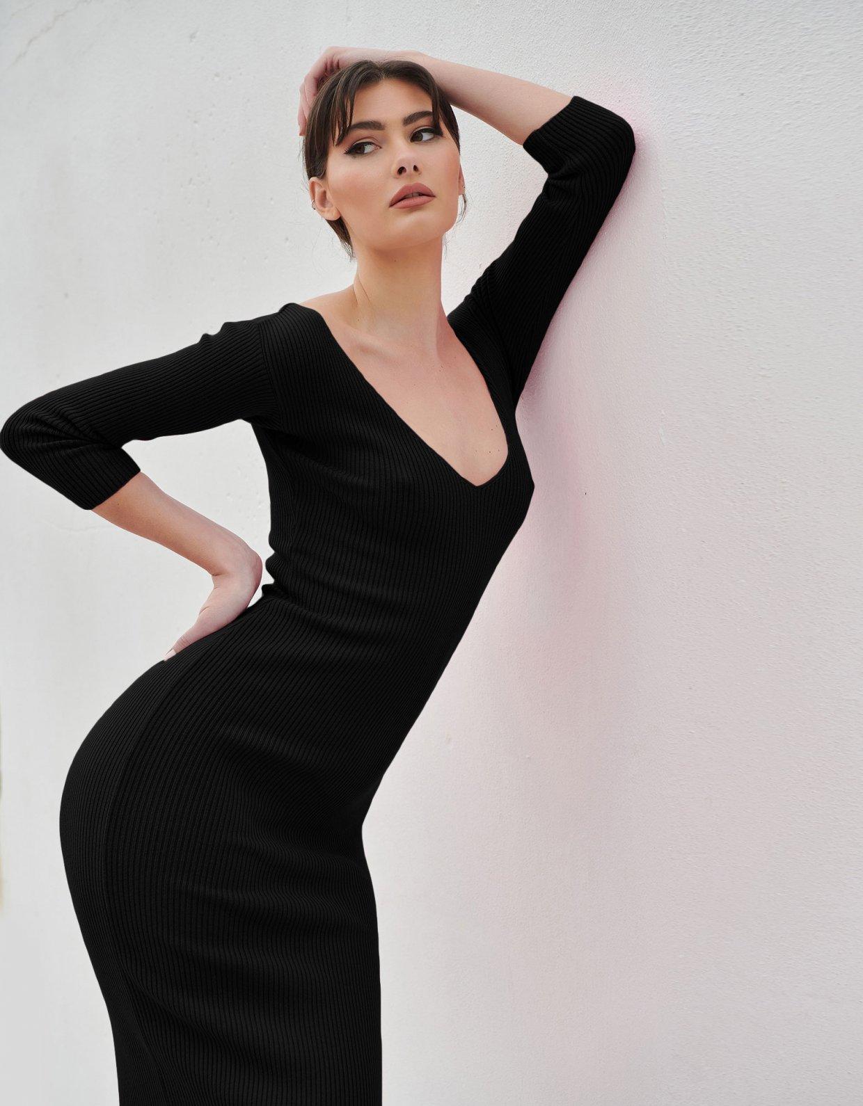 Combos Knitwear Combos S18 – Black midi dress 3/4