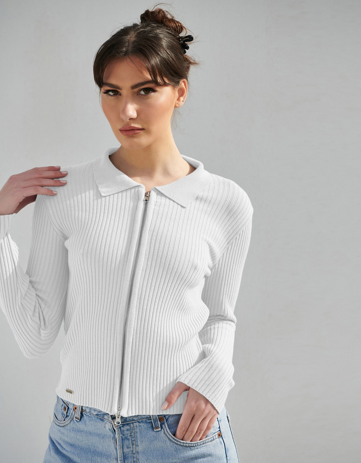 Combos Knitwear Combos S8 – White polo cardigan