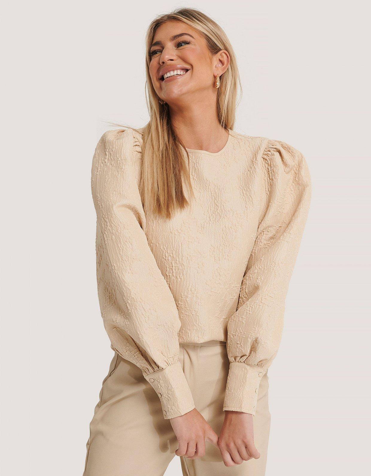 NA-KD Structured big puff sleeve blouse beige