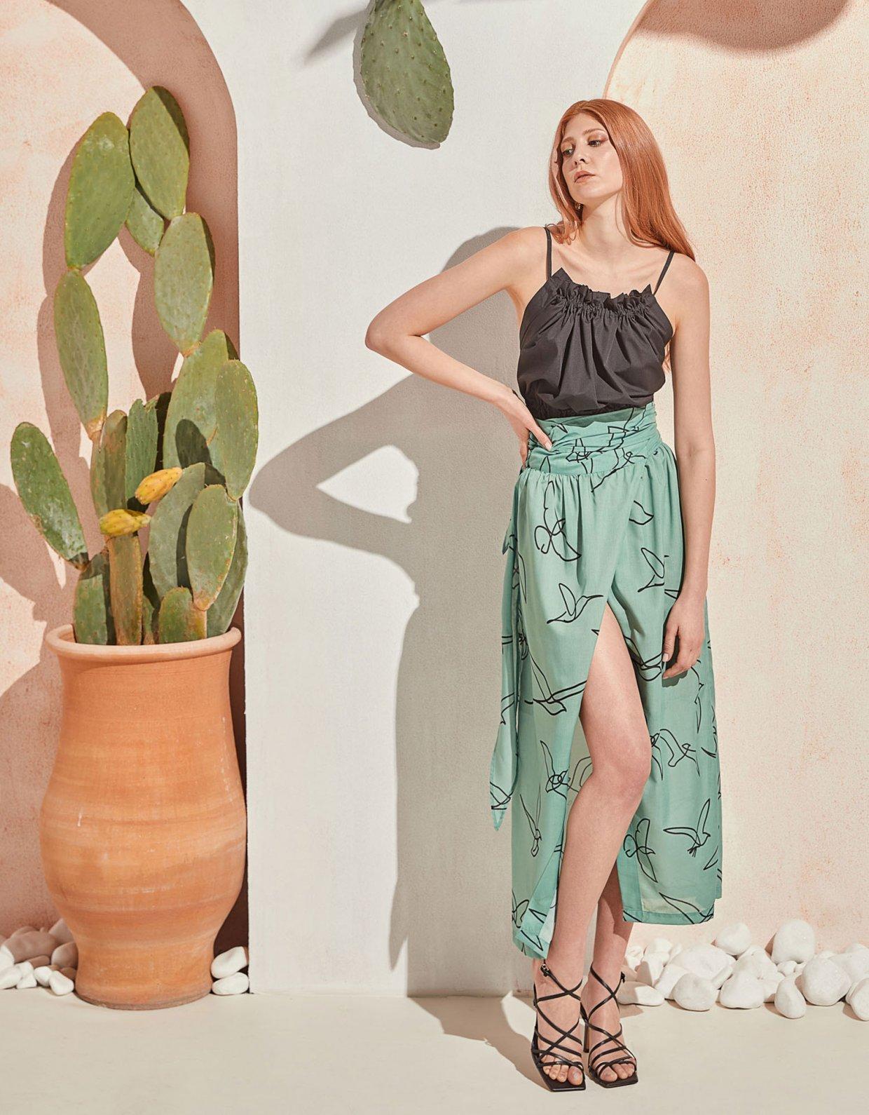The Knl's Column skirt mint birds