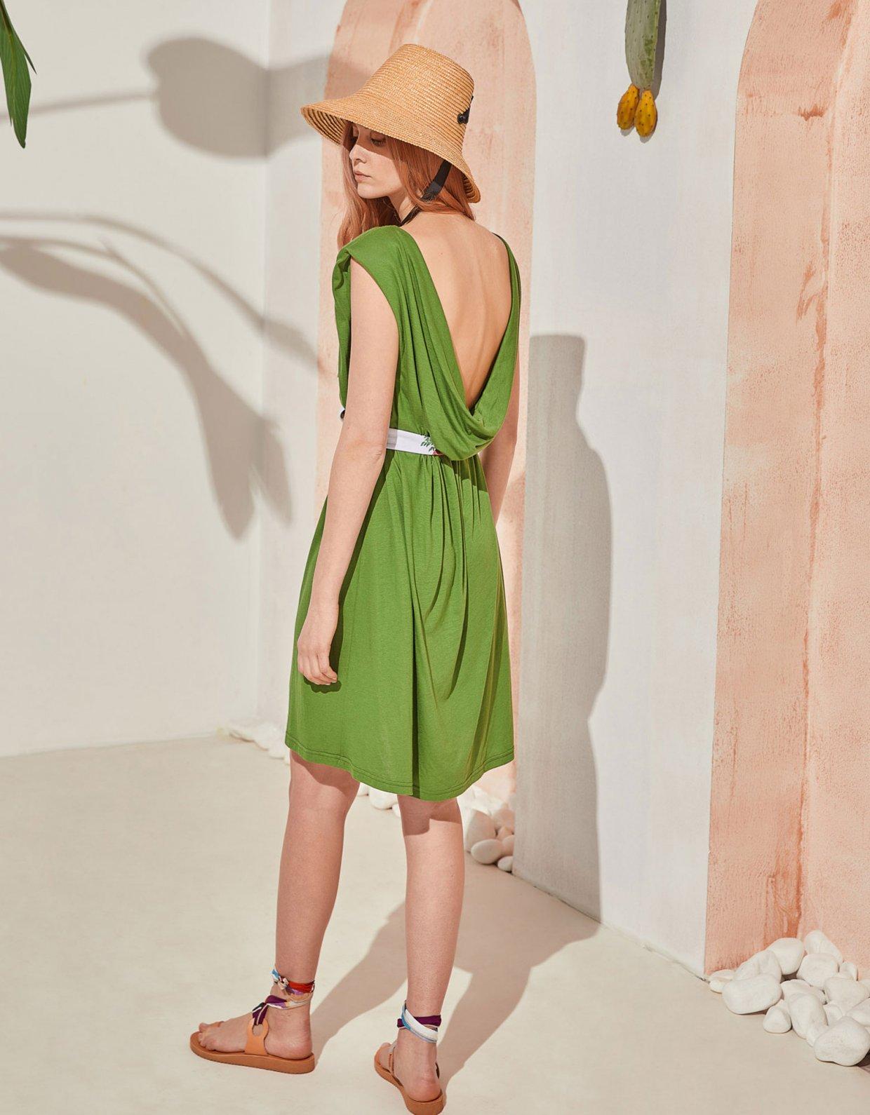 The Knl's Jaunt dress green