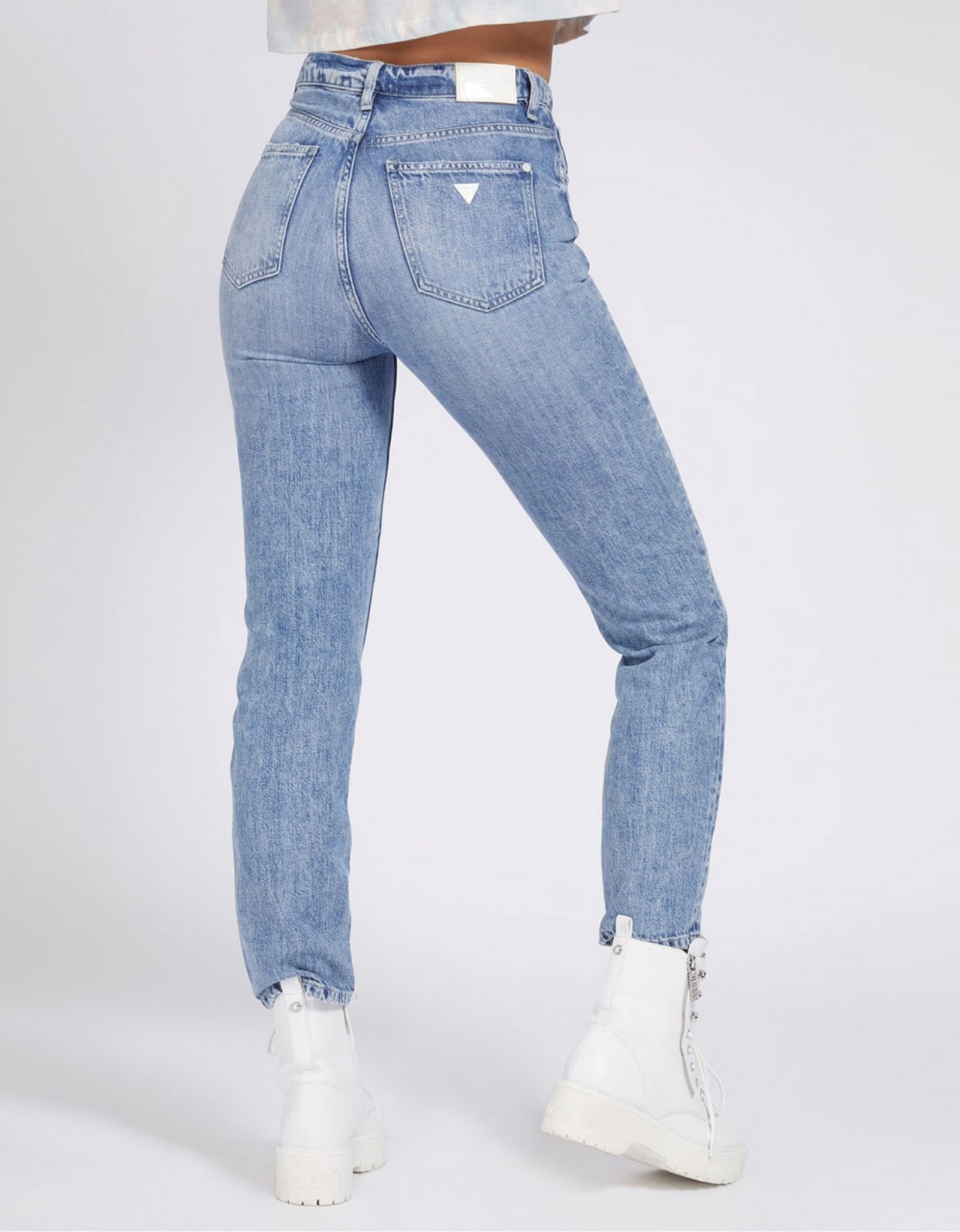 Guess Mom jeans