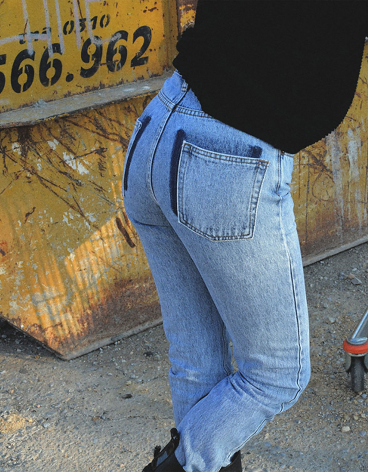 Salt & Pepper Kelly barrel cropped denim pants
