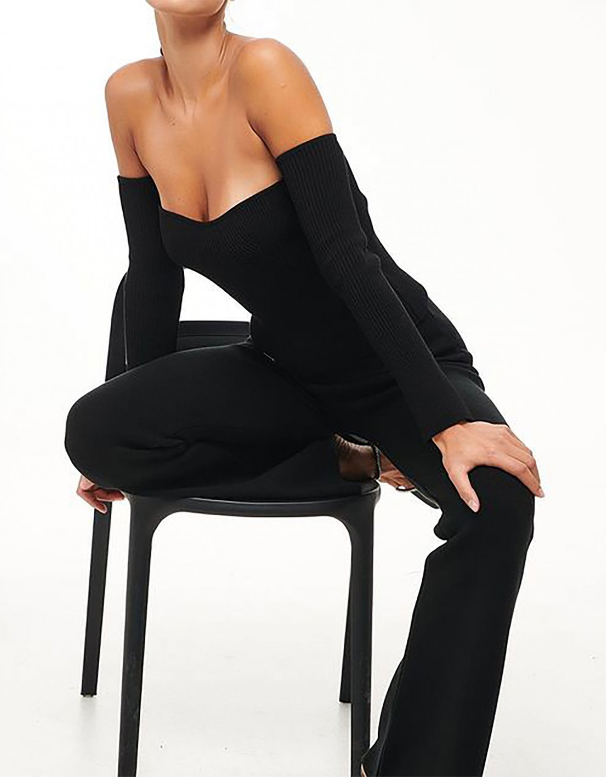 Combos Knitwear Combos W81 – Black knitted pants