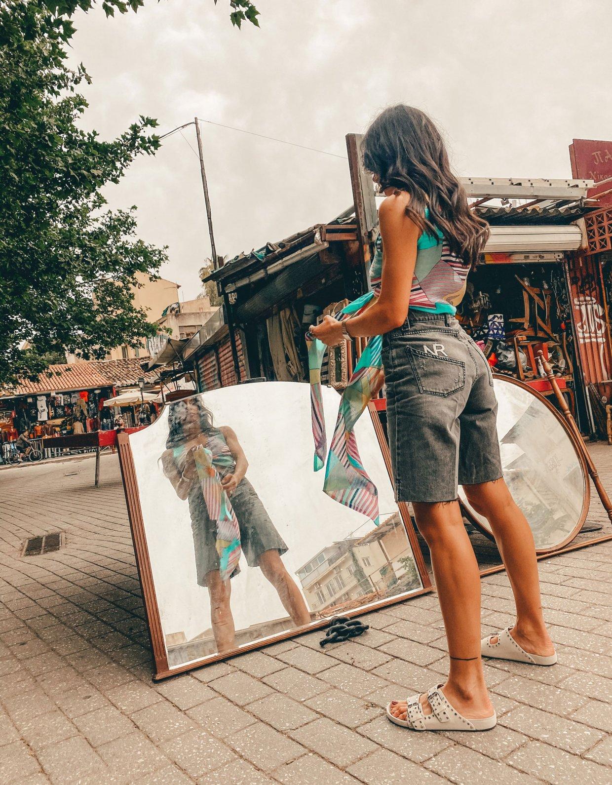 Nadia Rapti Summer wildlife jean bermuda black