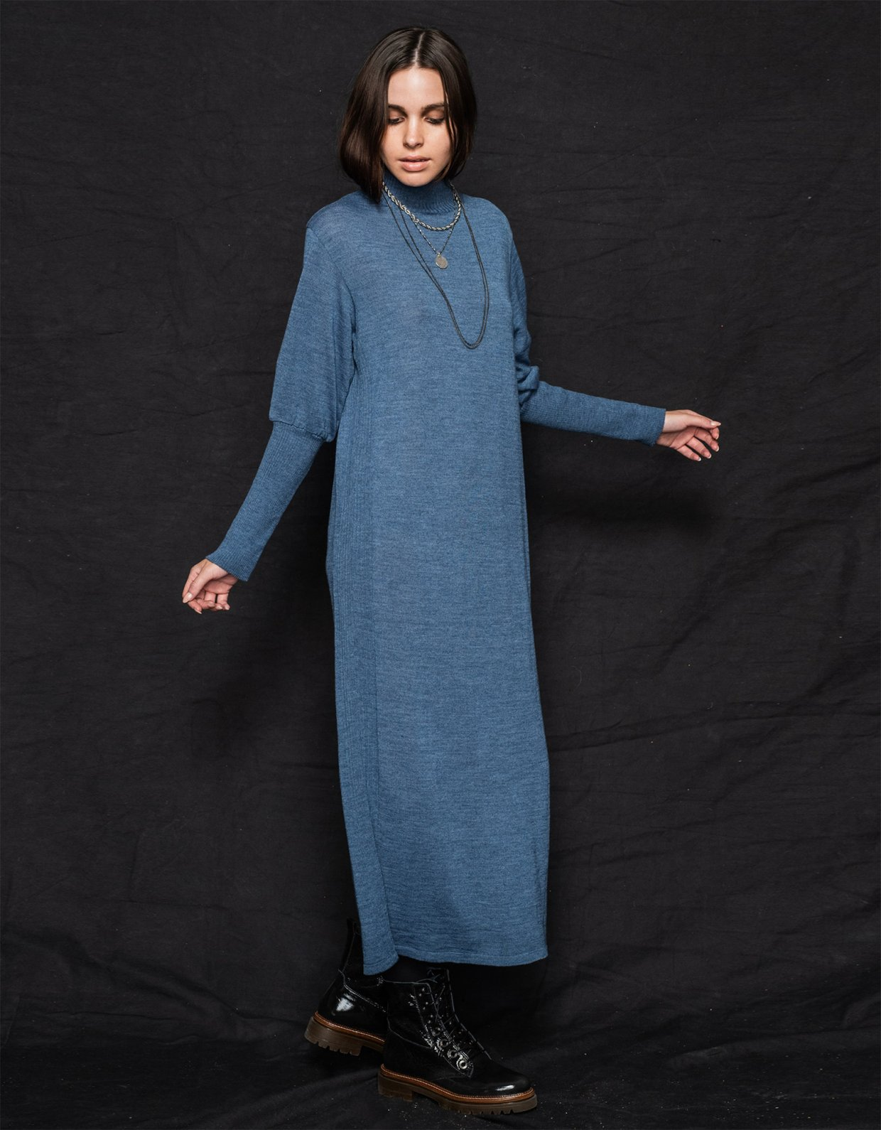 Nadia Rapti Scorpions dress turtleneck blue