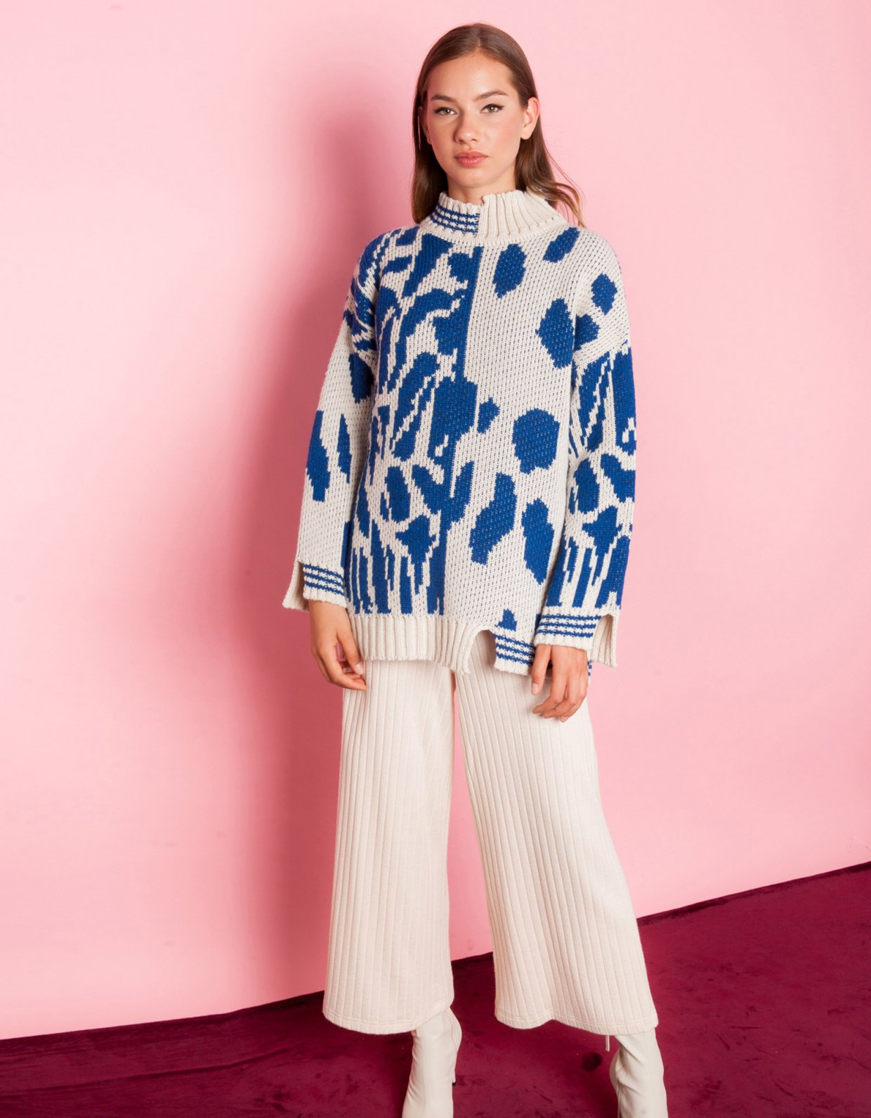 Mallory the label Moon flower blue sweater