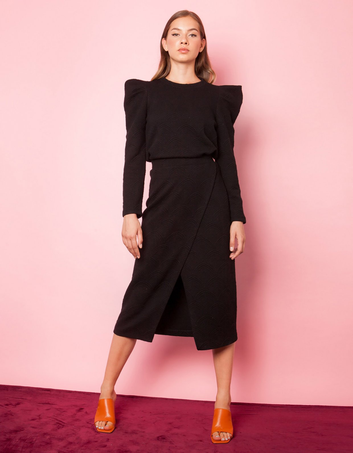 Mallory the label Mio black skirt