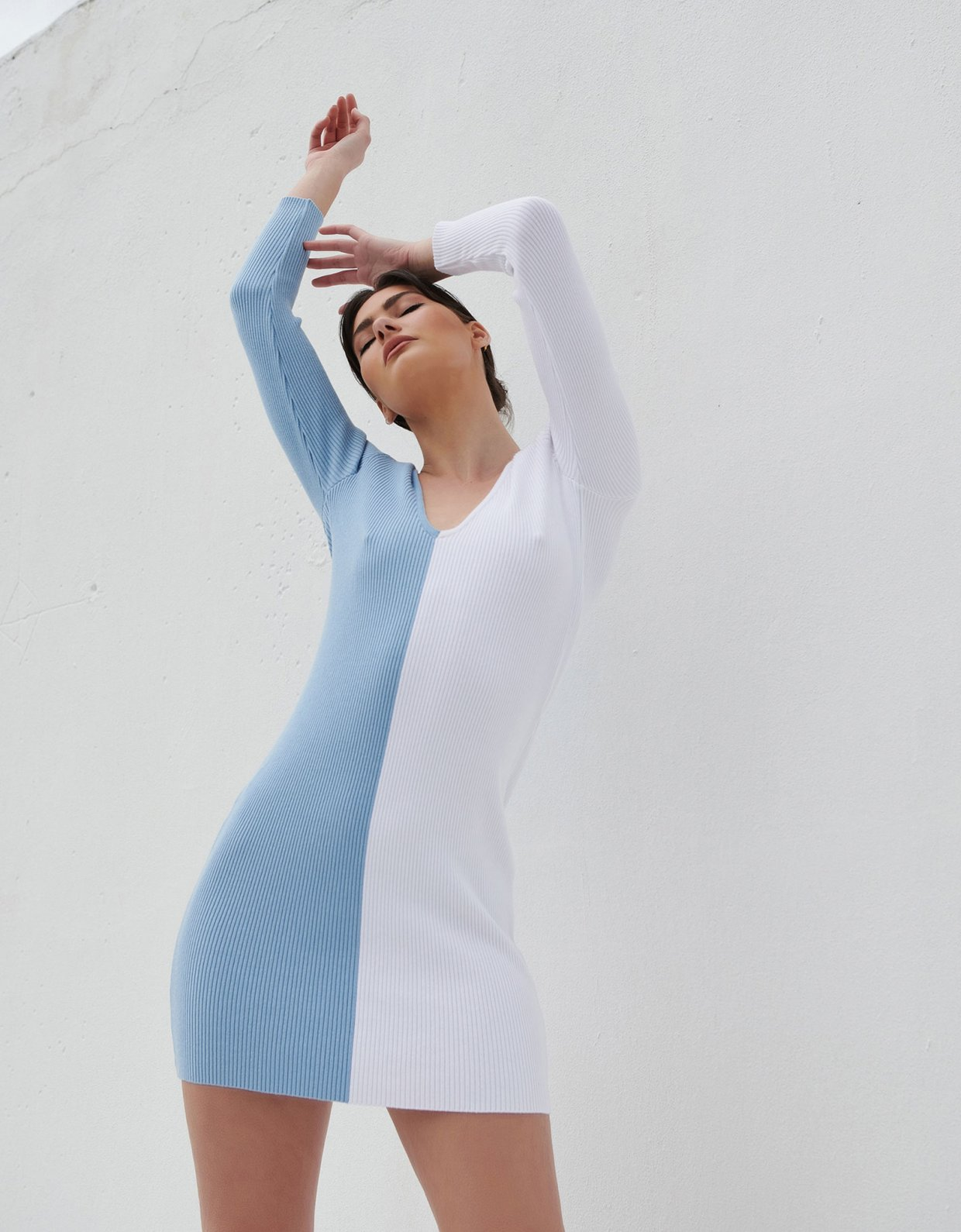 Combos Knitwear Combos S19 – Light blue/white dress