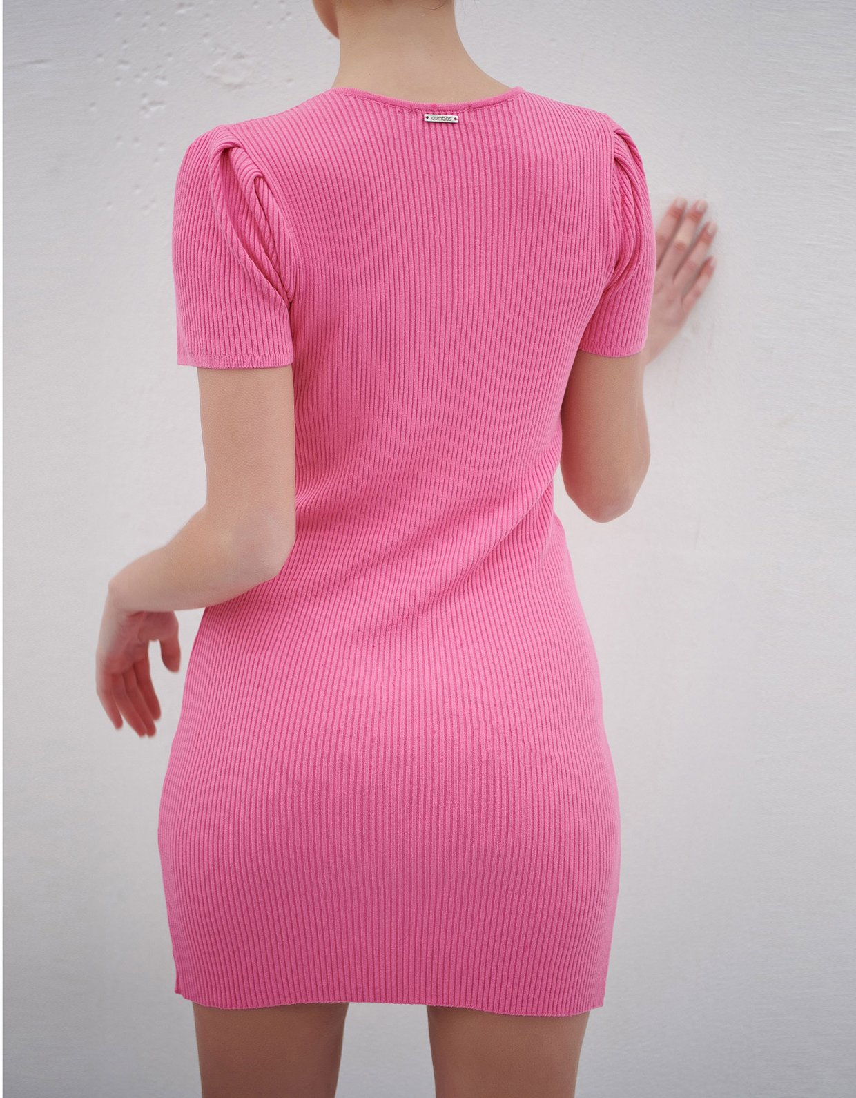 Combos Knitwear Combos S10 – Pink pleated shoulder dress