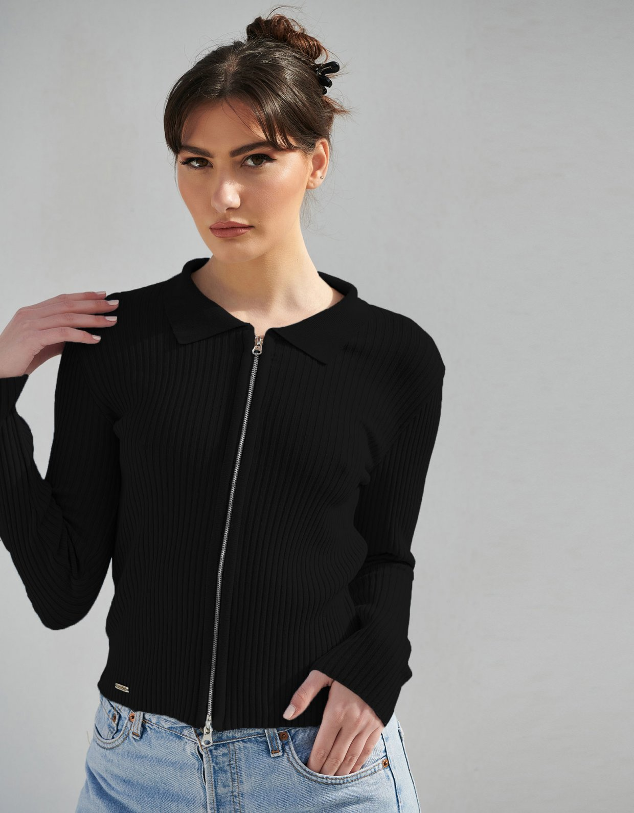 Combos Knitwear Combos S8 – Black polo cardigan