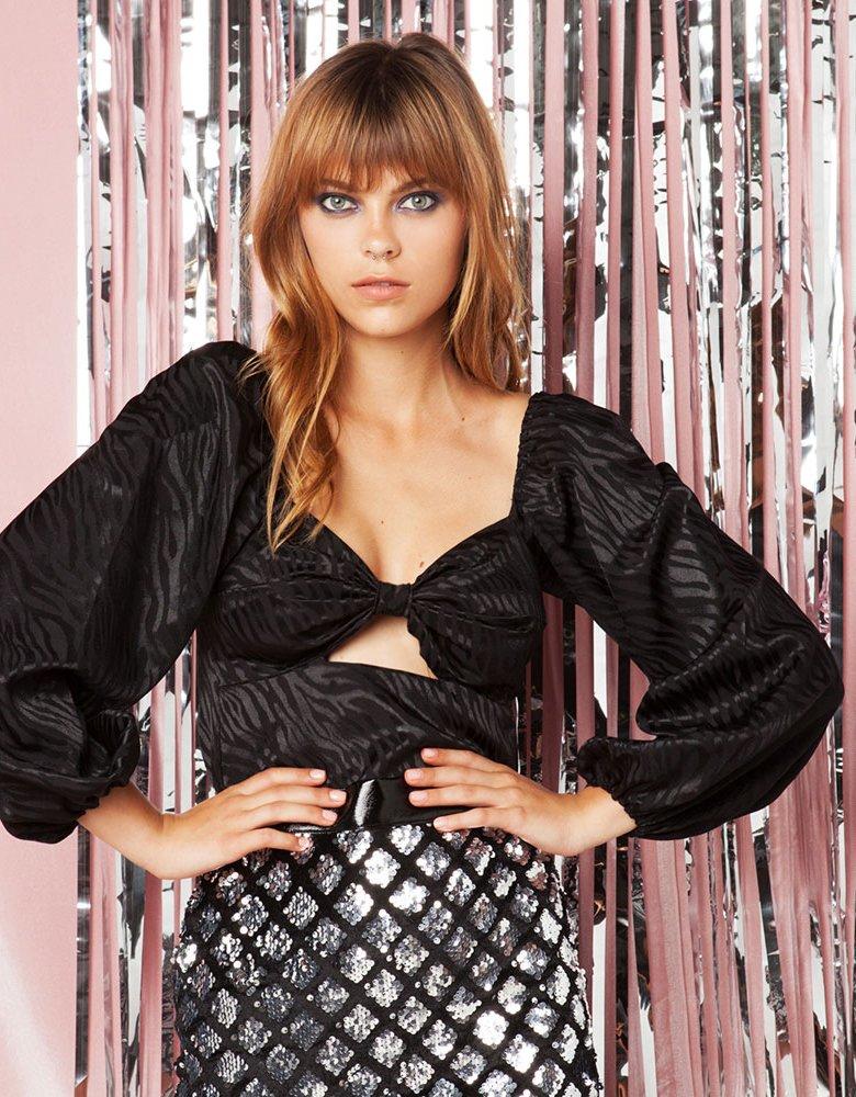 Mallory the label Cher black top