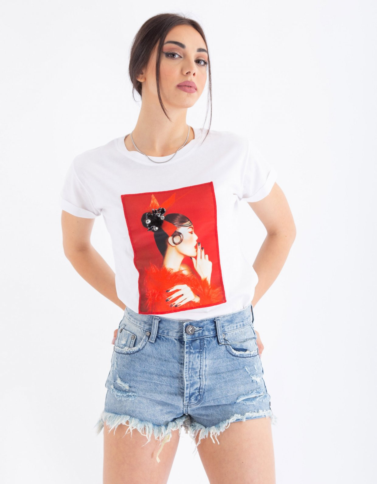 Ripped Cotton Red fur t-shirt