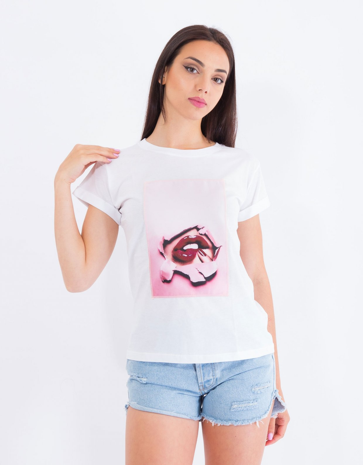 Ripped Cotton Cherry lips t-shirt