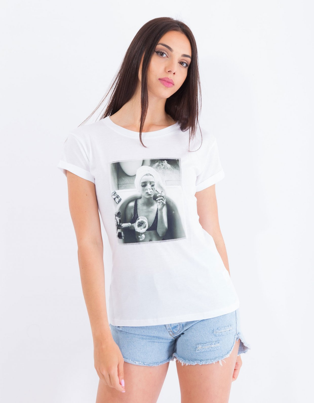 Ripped Cotton Bath tub t-shirt