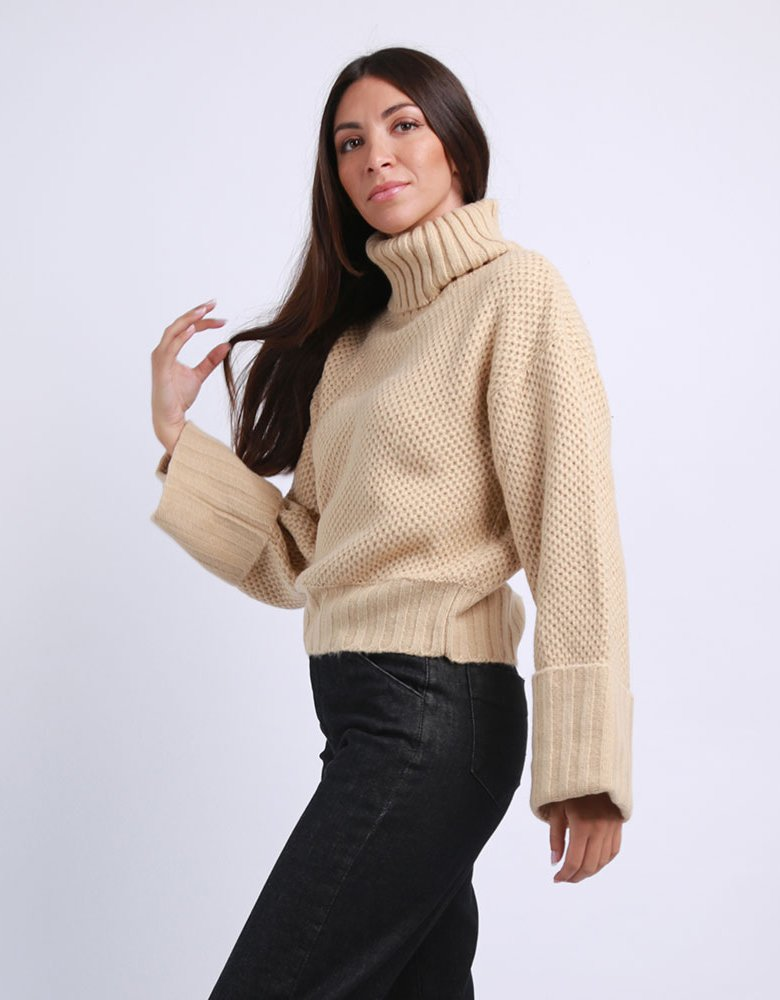Combos Knitwear Combos F24 - Camel turtleneck sweater