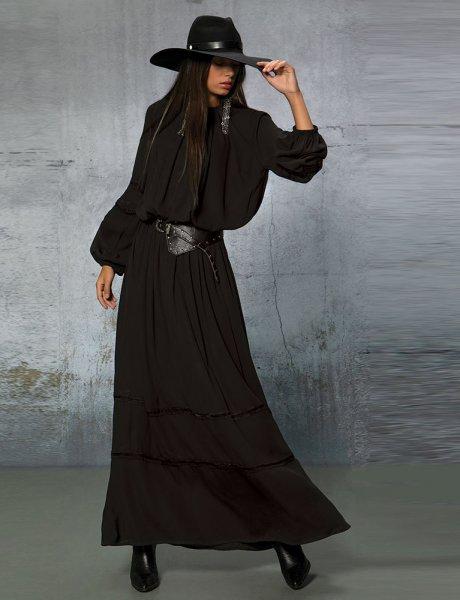 Gunslinger black maxi dress
