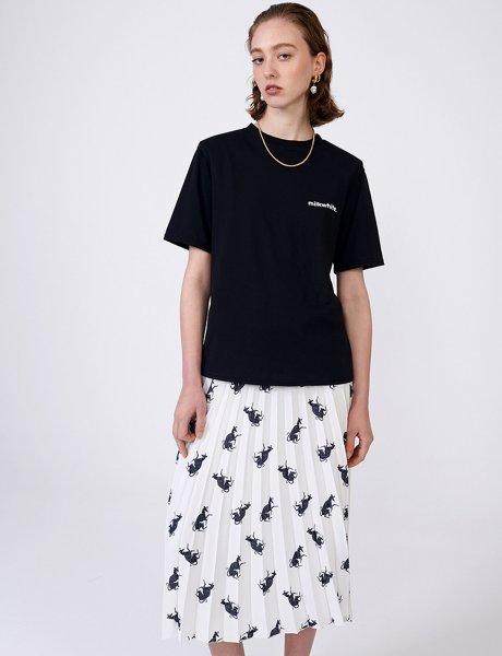 Milkwhite black t-shirt