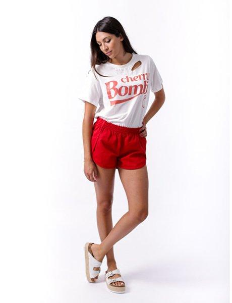 Rinat red shorts