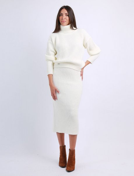 Combos F66 - White knitted skirt