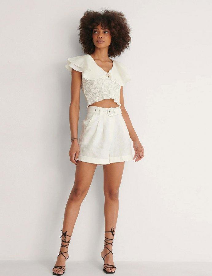 Highwaist belted linen shorts beige