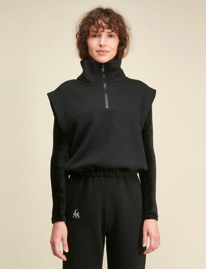 Carla zip vest black