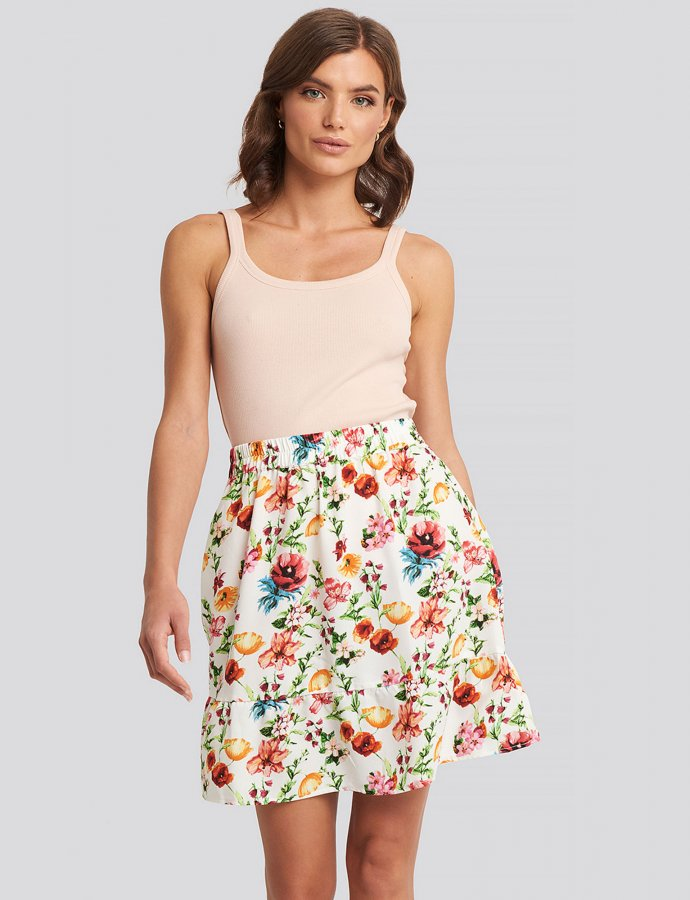 Floral flowy mini skirt