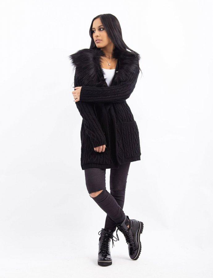 Combos W35 – Black faux fur cardigan
