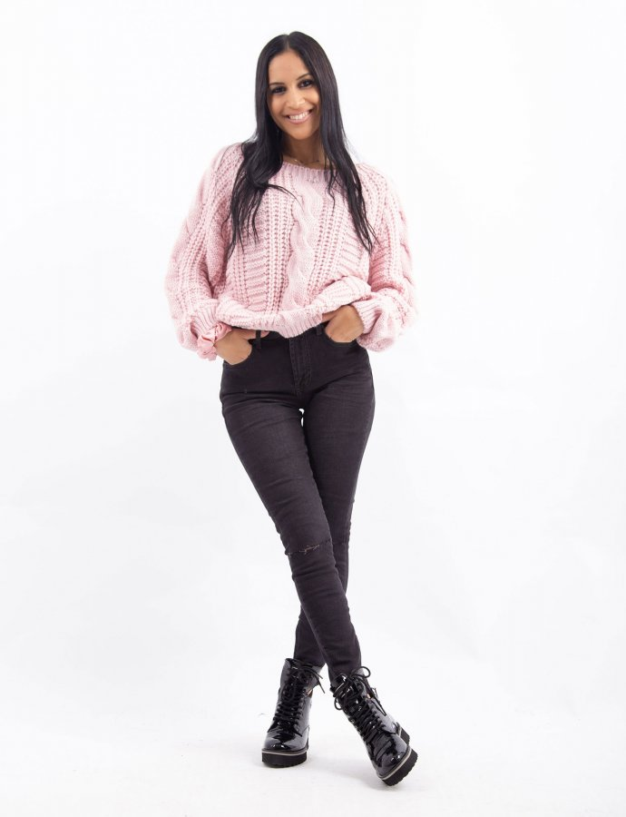 Combos W24 – Pink sweater