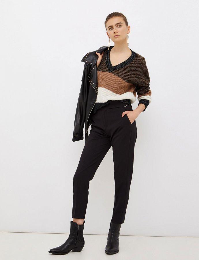 Trousers with buckle black