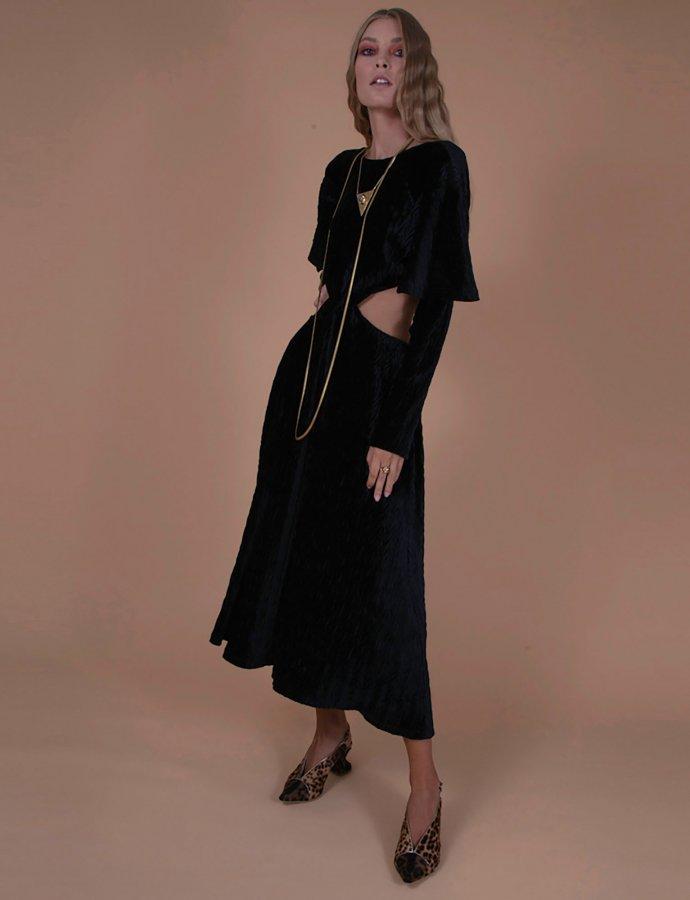 Gil black dress