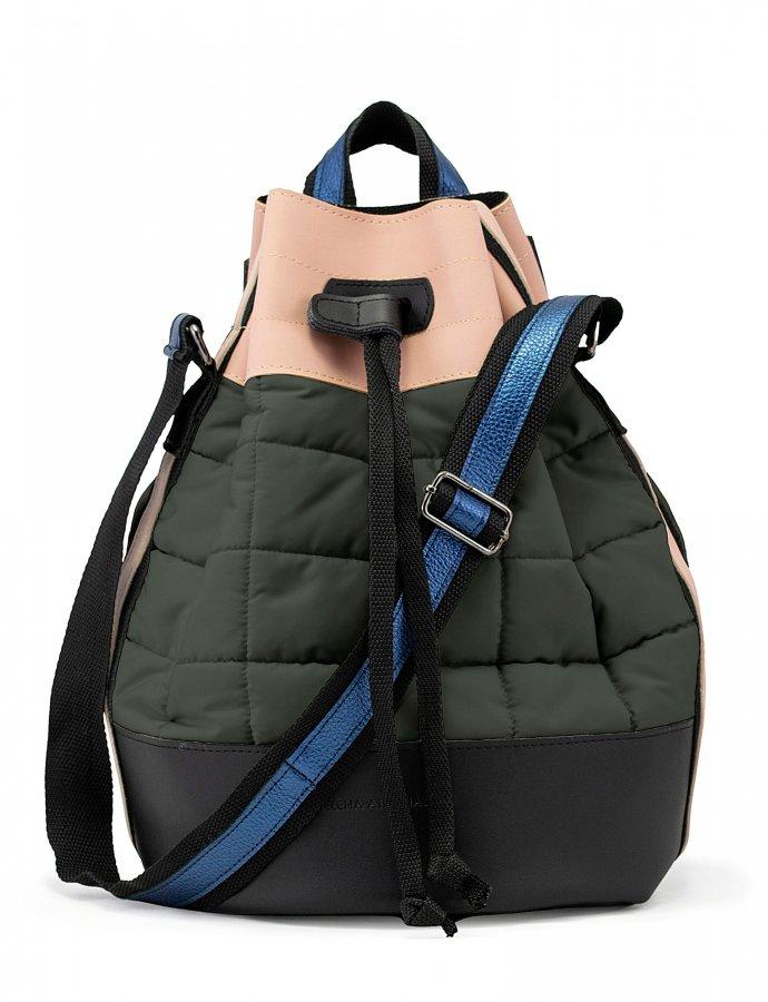 Holiday bag jungle