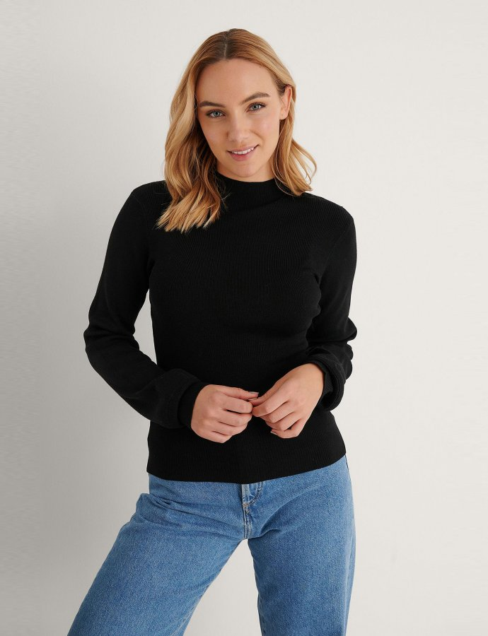 High neck knitted polo black