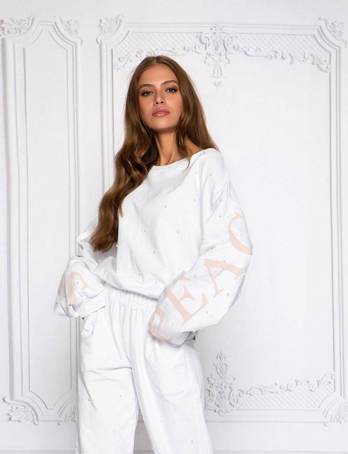 Studded white sweatshirt