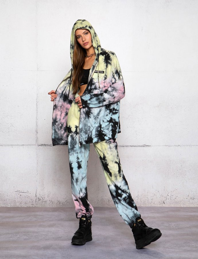 In chaos tie dye sweatpants