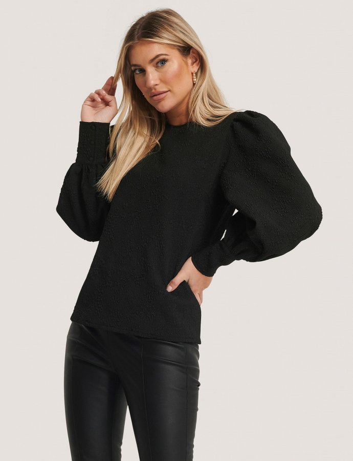 Structured big puff sleeve blouse black