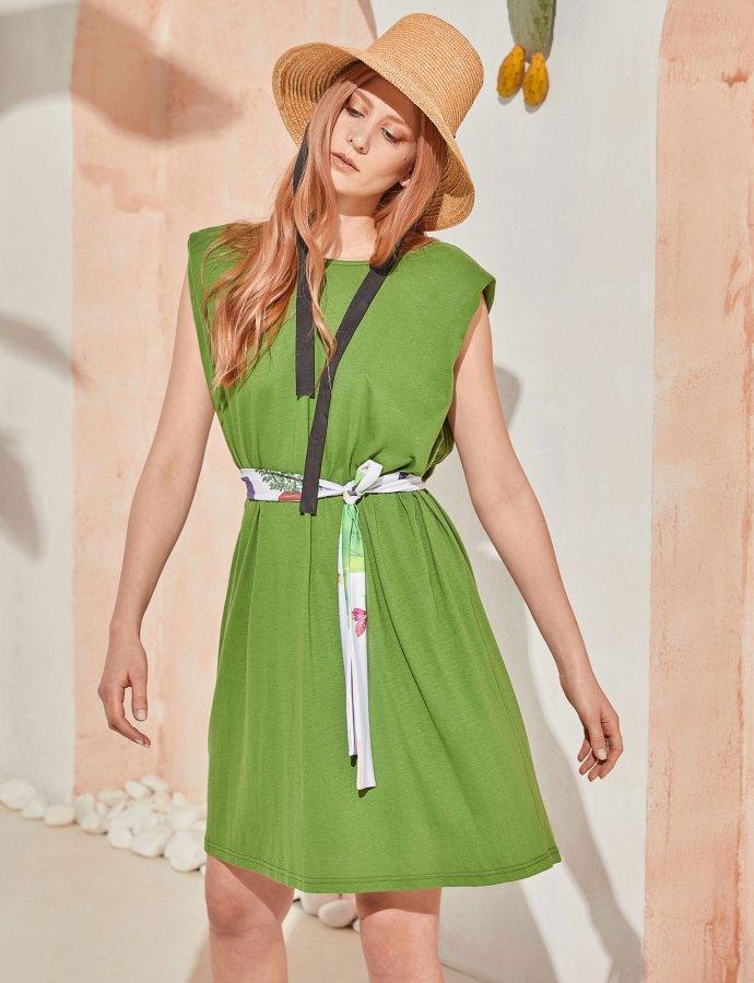 Jaunt dress green