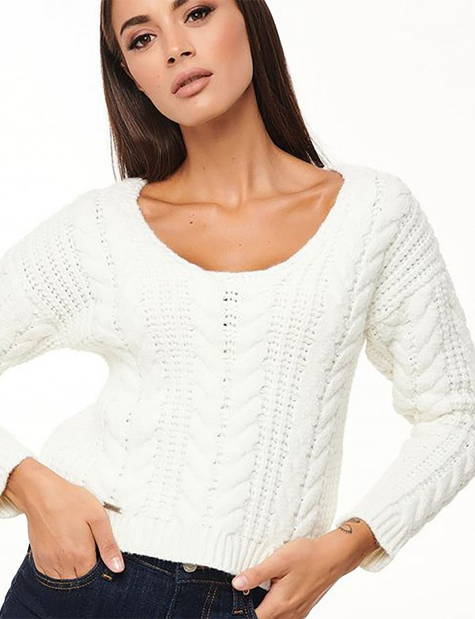 Combos W59 – White knitted blouse