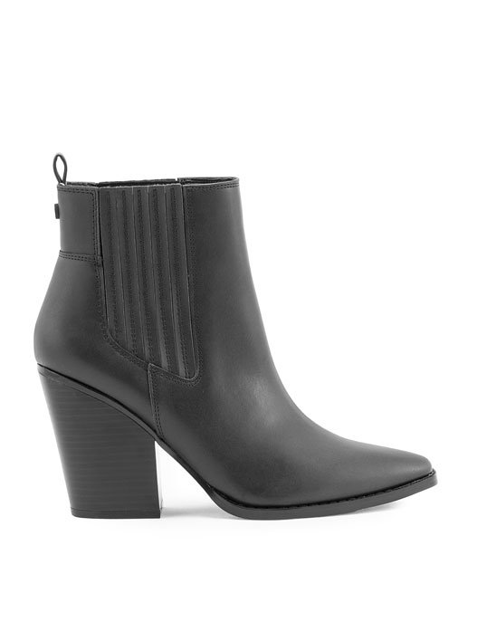 KK Colt black ankle booties